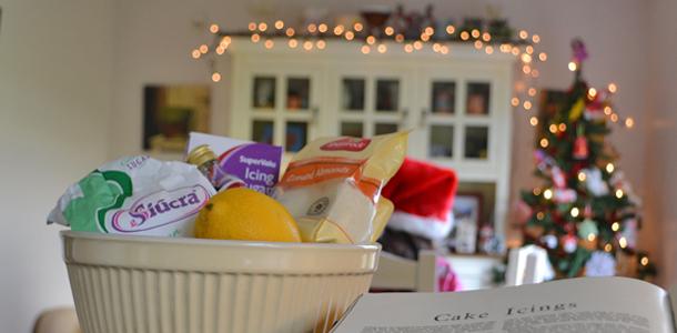 almond icing marzipan christmas cake