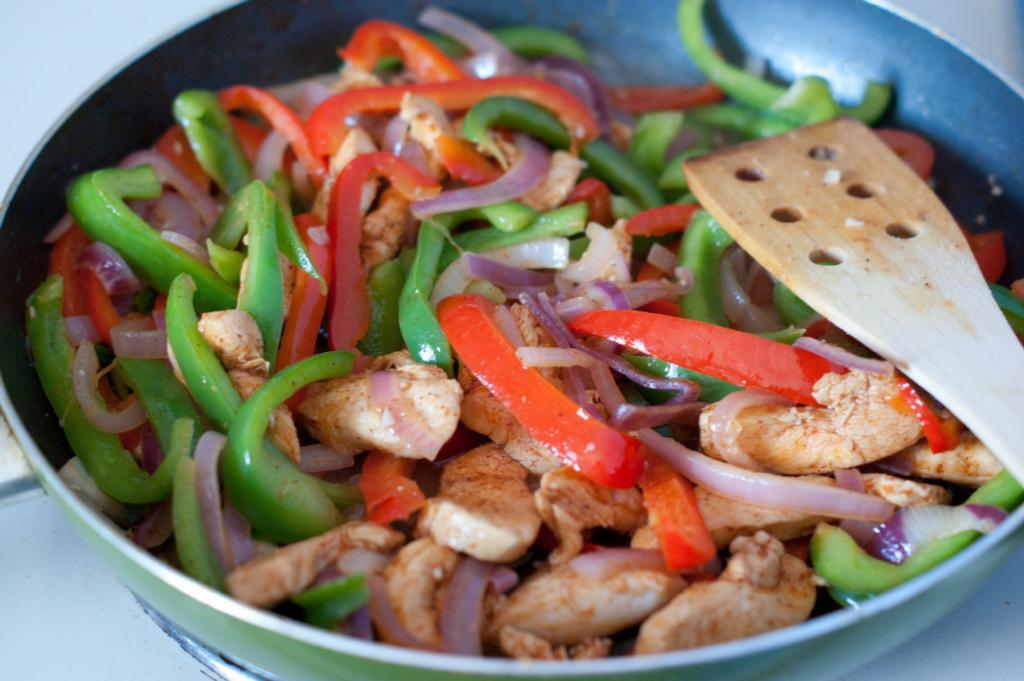 Chicken Fajitas - perfect mid week family meal by Saucepan Kids - Easy chicken breasts dinner