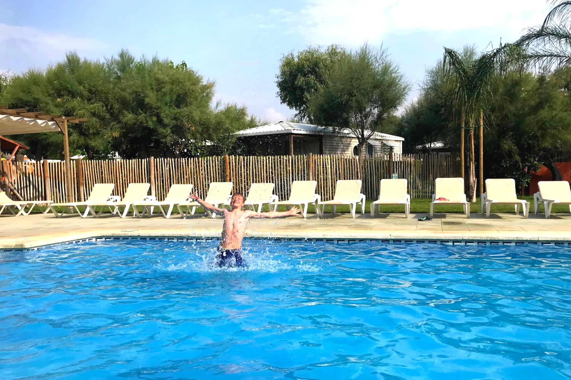 Saucepan Kids visit and review Camping Salata in Roses, Costa Brava - Fun in the pool