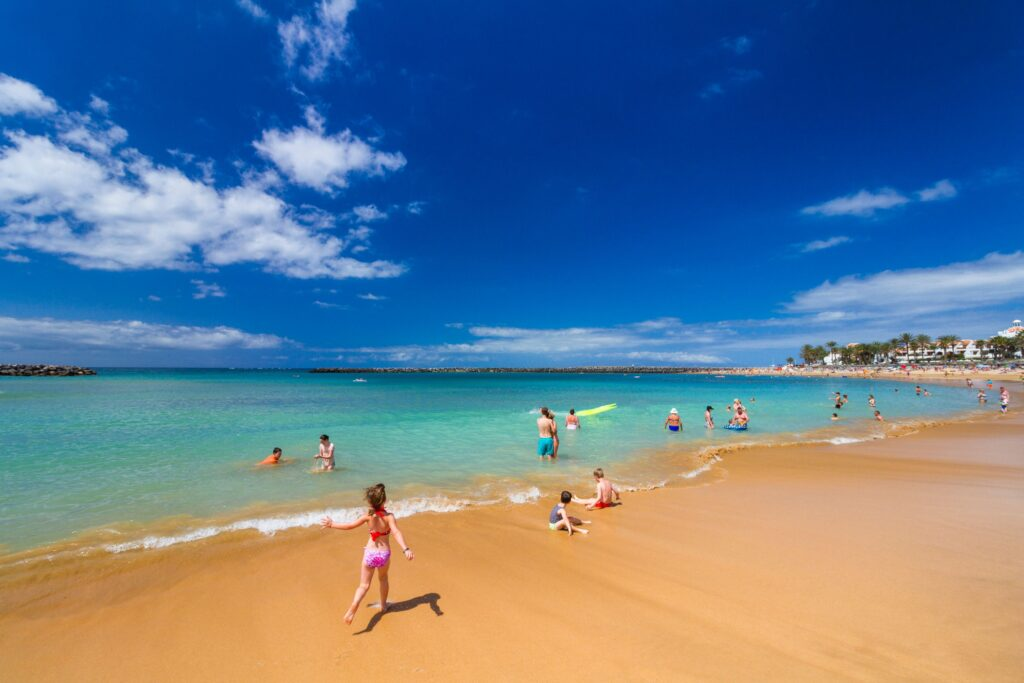Saucepan Kids - Canary Islands - the perfect family holiday destination - Visit Canary Islands beach