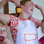 5 ways to encourage your child to eat healthy food