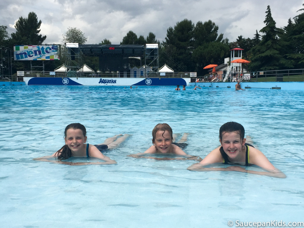 Relaxing in Aquafan in the wave pool - Things for kids to do in Emilia Romagna