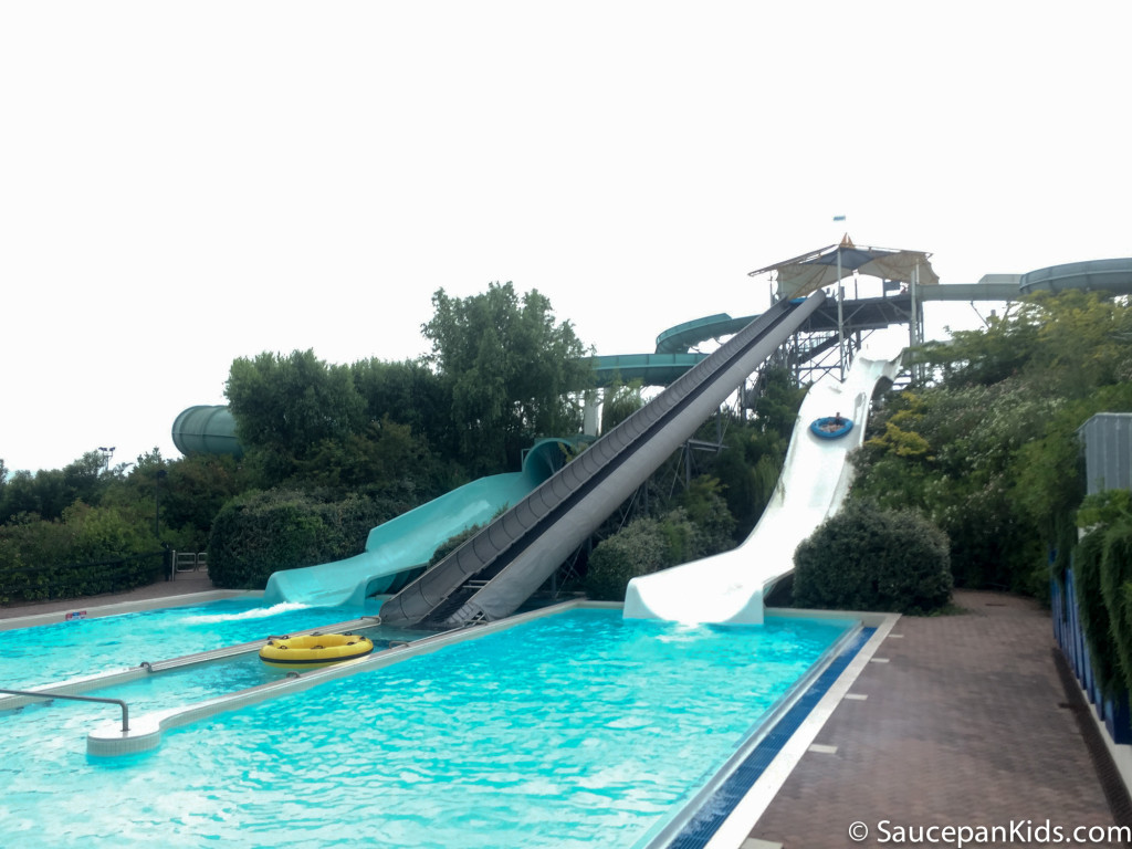 Some of the water slides in Aquafan in the wave pool - Things for kids to do in Emilia Romagna