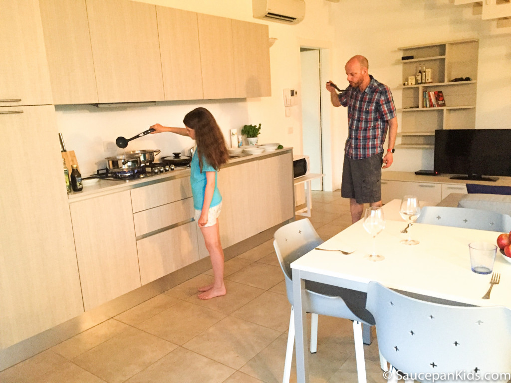 Cooking in our Halldis apartment in Sirmion Lake Garda - Family friendly accommodation in Lake Garda