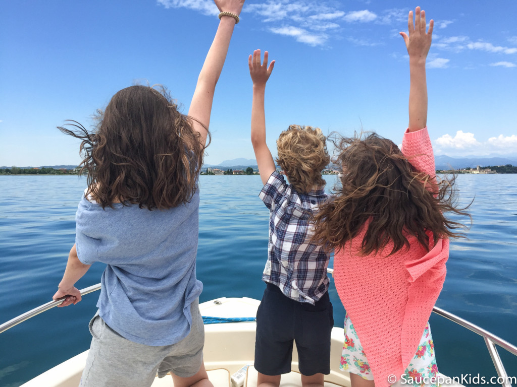 Saucepan Kids hire a motor boat and go out on Lake Garda - Things to do with kids in Lake Garda