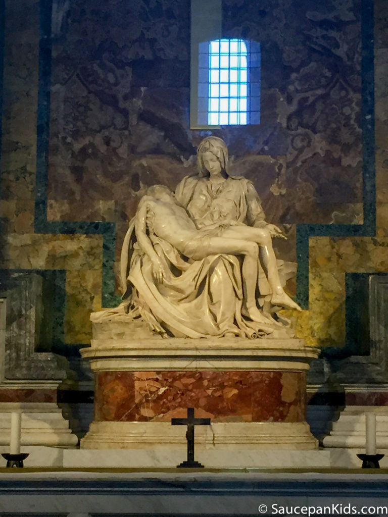 The famous Pietà statue by Michelangelo Buonarroti in St Peter's Basilica