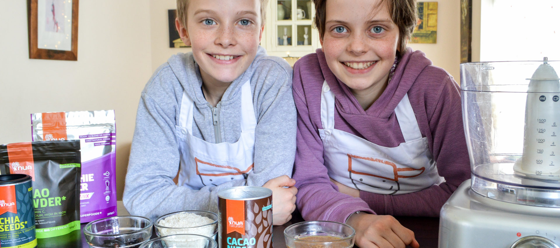 Baking with superfoods - Saucepan Kids try out Nua Naturals products