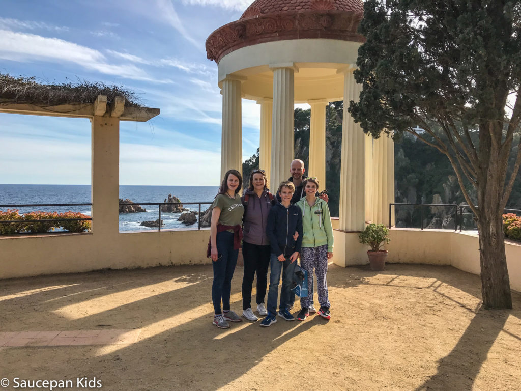 Family Friendly things to do in Costa Brava with Saucepan Kids - Catalonia - Spain - top things to do for kids in Spain - A family visit to Botanical Gardens in Blanes - the wedding shot