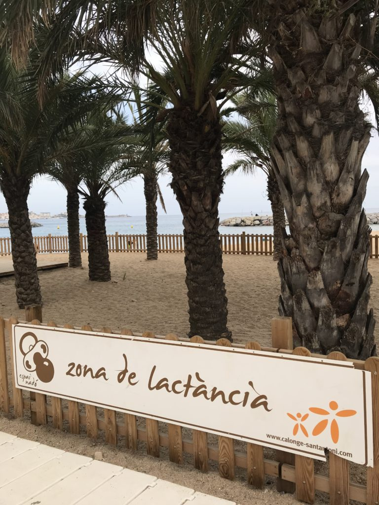 Saucepan Kids visit Sant Antoni de Calonge - free breastfeeding area for mothers