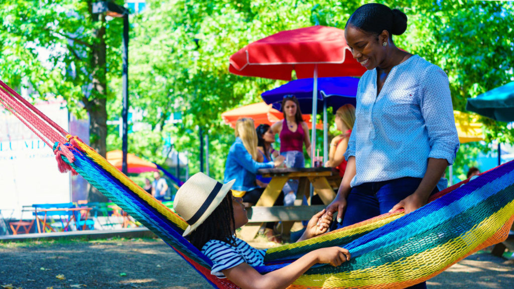 Top family friendly things to do in Philadelphia - Top things to do with kids in Philadelphia - Spruce Street Harbour Park